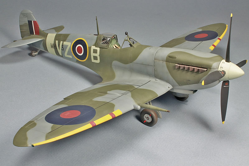Tamiya 1/32 Spitfire IX | Large Scale Planes