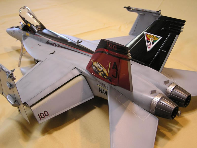 Trumpeter 1/32 F/A-18E VFA-31 CAG | Large Scale Planes