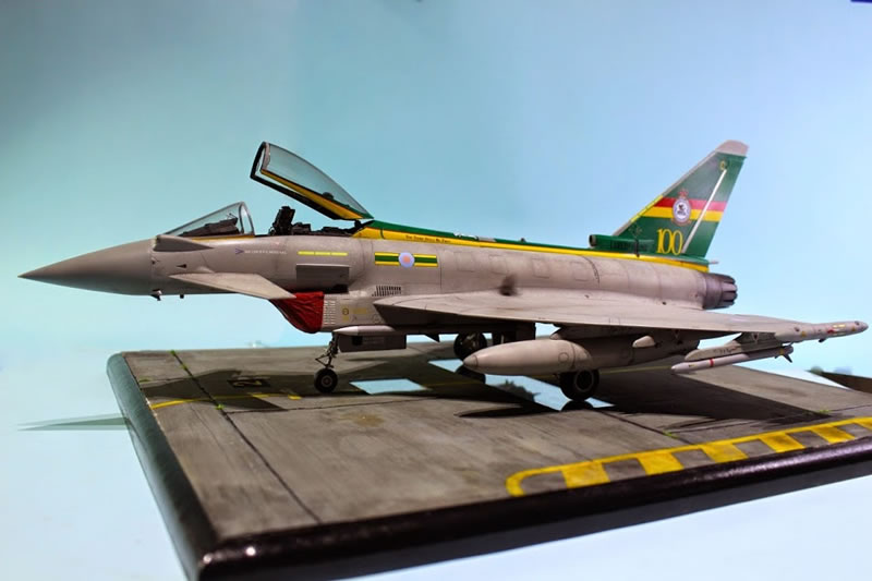 Revell 1/32 Eurofighter Typhoon | Large Scale Planes