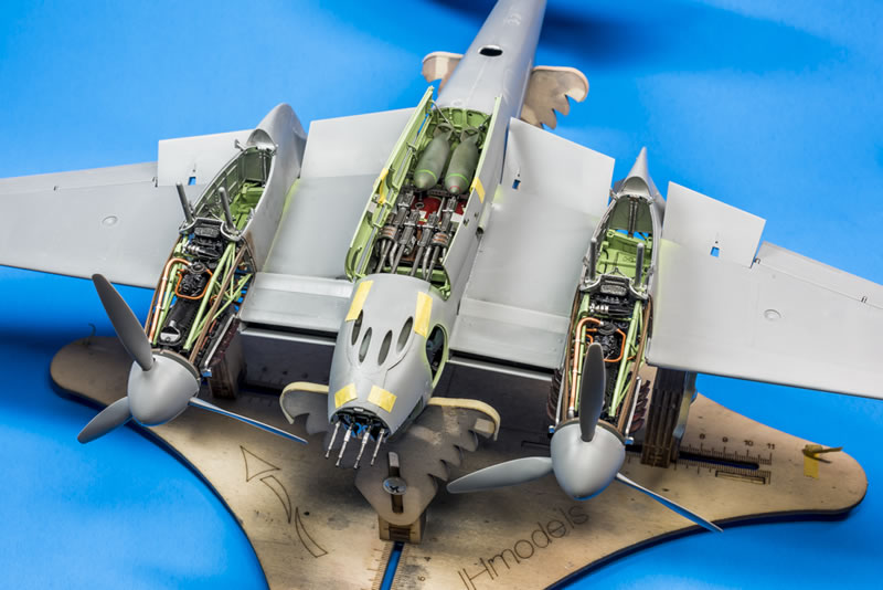 Tamiya 1 32 D H 98 Mosquito Large Scale Planes