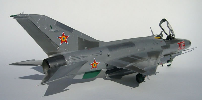 Trumpeter 1/32 MiG-21 F-13 of the Romanian Air Force ...