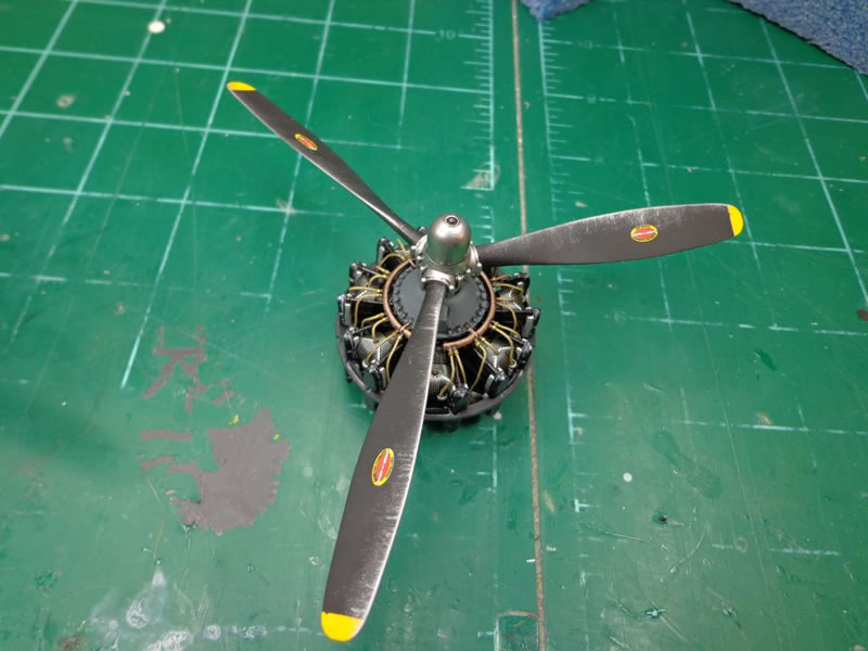 HK MODELS B-25J BOMBER 01E01 ⭐PARTS⭐ SPRUE P-BOMBS+.50 CAL BARRELS 1//32