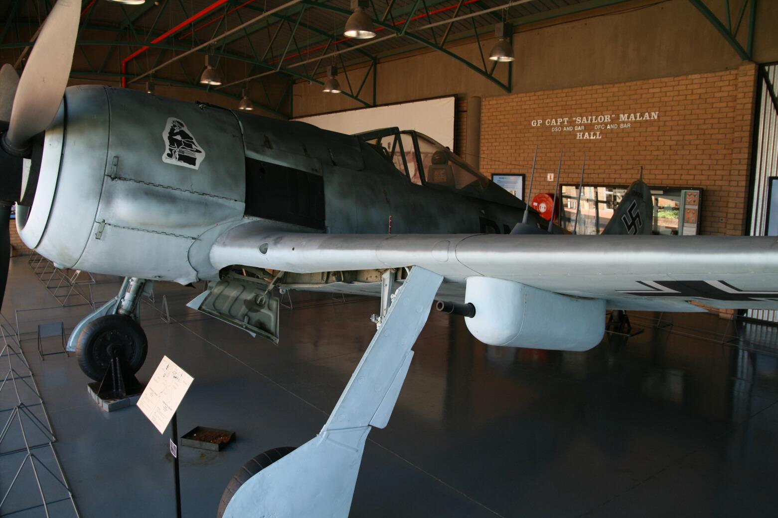 focke-wulf fw 190a-6/r-6   large scale planes